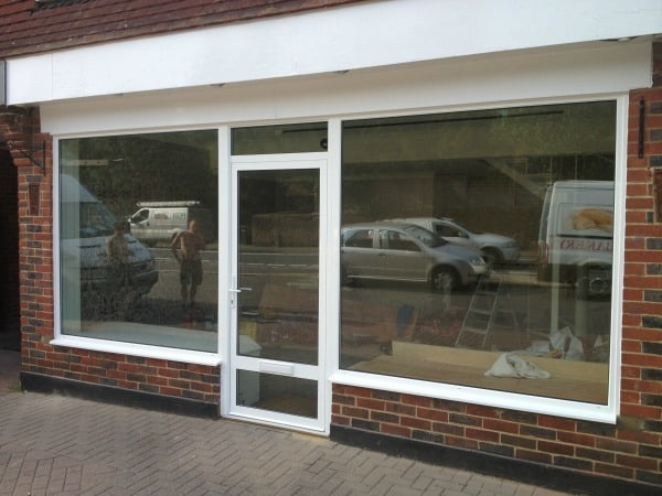 Aluminium windows double glazing dorking glass surrey for Aluminium glass windows and doors