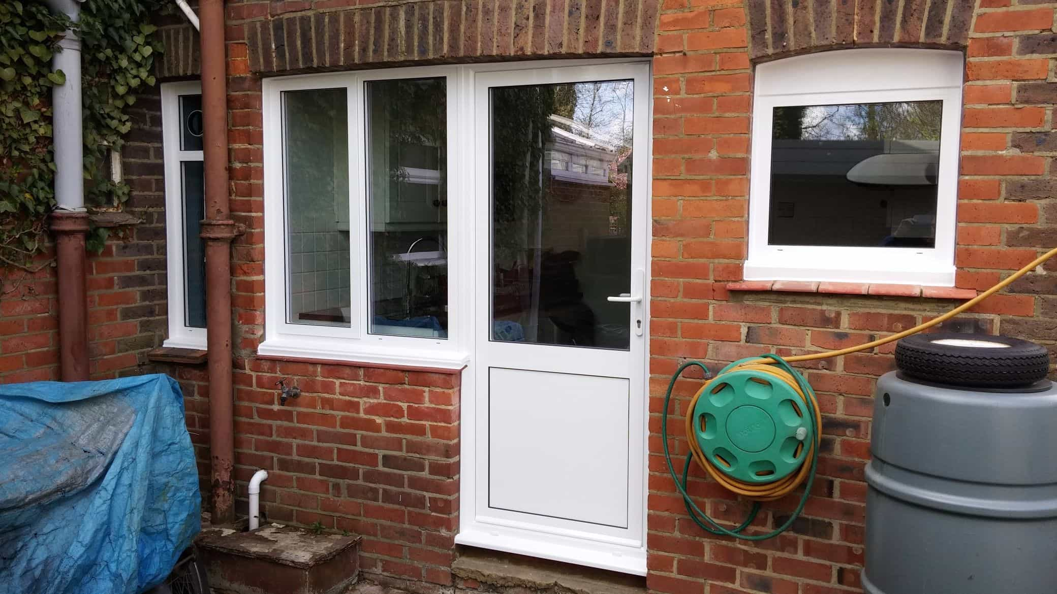Aluminium windows double glazing dorking glass surrey for Double glazed doors fitted