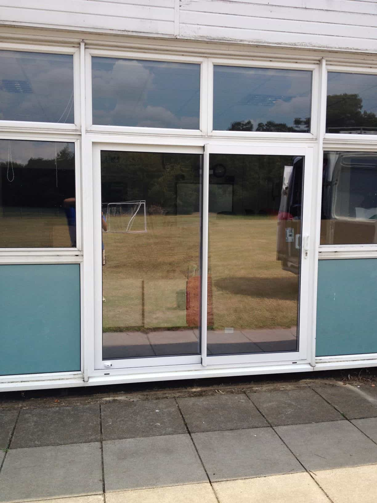 Aluminium doors front door double doors sliding for Double glazed glass panels