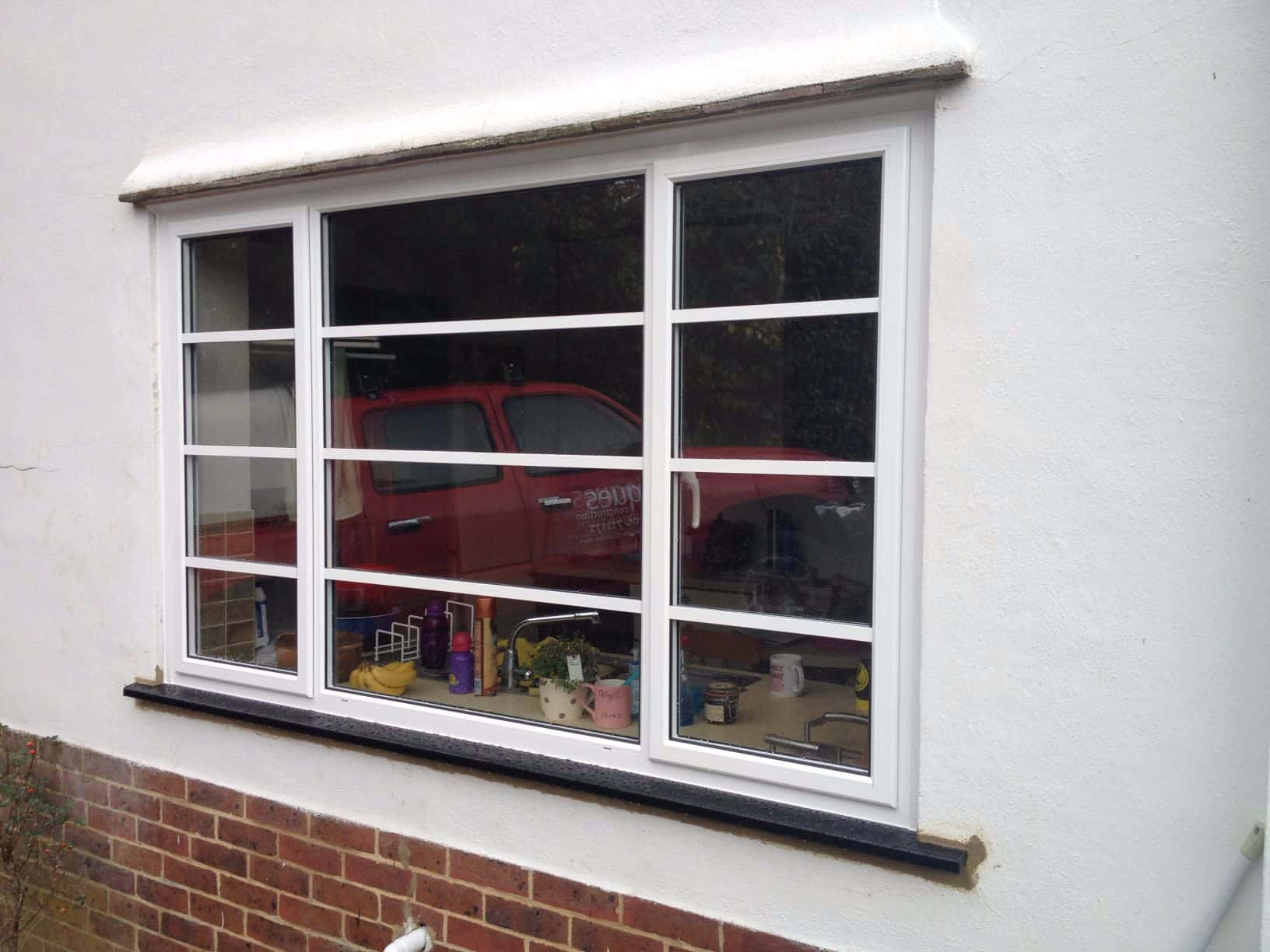 Aluminium windows double glazing dorking glass surrey for Double glazing window repairs